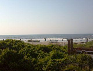 Beach_music spot